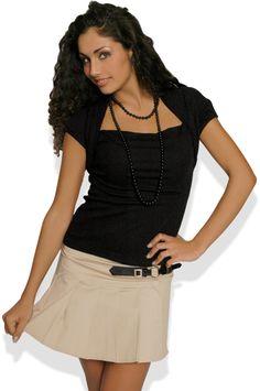Abbigliamento da Donna  http://www.abbigliamentodadonna.it/minigonna-plissettata-donna-p-183.html Cod.Art.000348 - Minigonna plissettata da donna in cotone leggermente elasticizzato. E' dotata particolare ed elegante cintura con fibbia sul davanti.