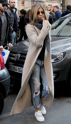 20 Cozy And Chic Women Winter Outfits To Copy This Year winteroutfits womenoutfits womenwinteroutfits 643240759264686045 Winter Outfits For Work, Winter Outfits Women, Winter Coats Women, Fall Outfits, Fashion Outfits, Womens Fashion, Cozy Outfits, Casual Outfits, Today's Fashion Trends
