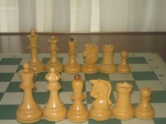 Dubrovnik chess set. House of Staunton on the right. Chess bazaar on the left. $200 or so per set. A comparison.