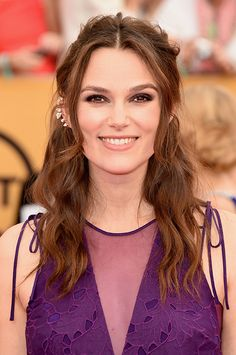 We love Keira Knightley's girly pinned-back twists | Brides.com