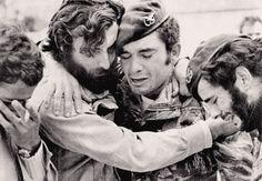 25 abril 1974 - Portugal - Revolução dos Cravos - Fascismo nunca mais!   Carnation Revolution - Fascism never again!