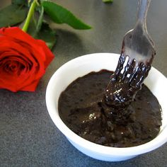 Seriously is there ANYTHING better than chocolate pudding??  Great, simple recipe I'll be trying #gfree