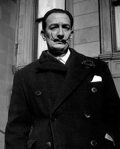 Vivian Maier - Salvador Dalí - .