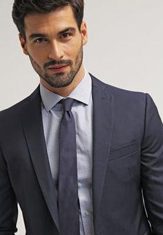 Das Highlight in deinem Kleiderschrank. Esprit Collection EXTRA SLIM FIT - Anzug - blue für 139,95 € (27.07.16) versandkostenfrei bei Zalando bestellen.