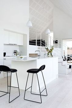 Black bar stools are classic piece that will add luxury to any decor. Nowadays, many families start to apply bar stools in their home to add variations and crea Kitchen Interior, Kitchen Design, Kitchen Modern, Open Kitchen, Minimalistic Kitchen, Minimal Kitchen, Kitchen White, Kitchen Ideas, Interior Decorating