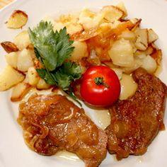 Egy finom Hagymás fehérpecsenye vajas burgonyával ebédre vagy vacsorára? Hagymás fehérpecsenye vajas burgonyával Receptek a Mindmegette.hu Recept gyűjteményében!