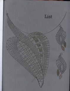 Lace Necklace, Lace Jewelry, Irish Crochet, Crochet Motif, Bobbin Lacemaking, Bobbin Lace Patterns, Lace Heart, Lace Making, Loom Weaving