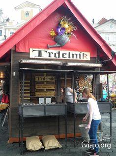 Puesto de Trdelník en Praga