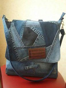 Denim Tote Bags, Denim Purse, Denim Bag Patterns, Jean Purses, Denim Crafts, Diy Handbag, Recycled Denim, Patchwork Bags, Purses And Handbags