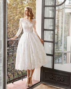 Civil Wedding Dresses, Wedding Dress Styles, Dream Wedding Dresses, Bridal Dresses, Cute Dresses For Weddings, Wedding Dresses Simple Short, Wedding Dress Midi, Lace Wedding, Short Wedding Gowns