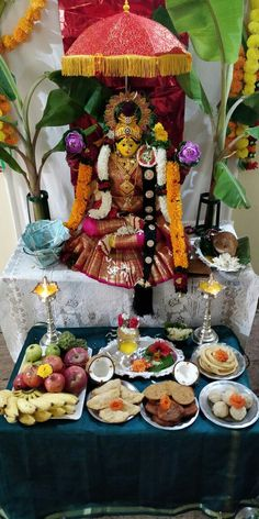 Varalakshmi Vratham 2019 honours the most popular Goddess Maha Lakshmi. Varalakshmi Puja or homam on this day means abundant wealth is sure to come your way. Gauri Decoration, Thali Decoration Ideas, Diy Diwali Decorations, Festival Decorations, Flower Decorations, Diwali Pooja, Housewarming Decorations, Silver Pooja Items, Pooja Mandir