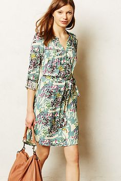 What to wear when you're craving the 60s Imbue yourself with the laidback, effortlessly sexy vibe with this professional Wanderlust Dress - anthropologie.com