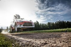 #WRC - Meeke pull out early advantage; @SebOgier out of contention