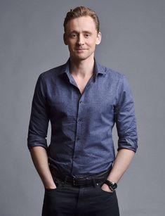 "MX07903 Tom Hiddleston - English Loki Actor Movie Star 24""x31"" Poster"
