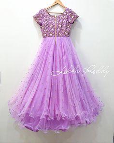 Ideas for dress pattern vintage kids Kids Blouse Designs, Dress Neck Designs, Frock Patterns, Vintage Dress Patterns, Kids Dress Wear, Dresses Kids Girl, Long Gown Dress, Frock Dress, Long Dresses