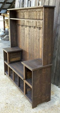 This rustic U bench hall tree offers ample storage for any entryway. This rustic U bench hall tree offers ample storage for any entryway. It's rustic farmhouse style Wooden Pallet Projects, Diy Pallet Furniture, Rustic Furniture, Home Furniture, Antique Furniture, Furniture Buyers, Pallet Ideas, Furniture Ideas, Furniture Stores