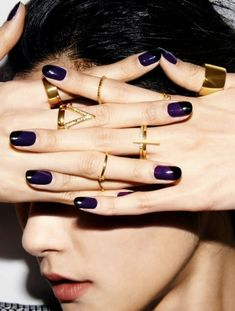 Dark nail color nail trend fall / winter 2016 - Fashionchick