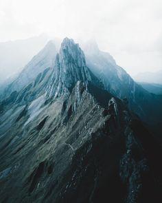 regnumsaturni: Mount Gloom http://ift.tt/2ipjGxQ