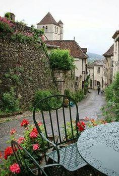 Saint Cirque Lapopie, France.