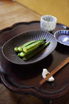 久野靖史作 黒しのぎ楕円小鉢の画像 | 作家もの和食器の店 -うつわ ももふく- blog