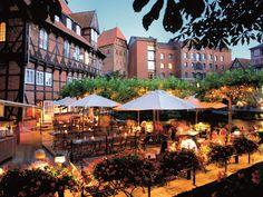 Romantik pur: elegantes Hotel rund um den alten Hafen mit stilvoll eingerichteten Zimmer in ehemaligen Wassermühlen, Speichern und Wassertürmen. #love #Liebe #Sommer #travel #holidays #imUrlaubwiezuhausefühlen