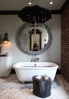 A rustic vibe What about a rustic carpet and a vintage cabinet in your bathroom, sounds very original, right? Choose also a retro sink and bathtub and you can dream about being the star of an old Hollywood movie. Also, the dreamiest part about this room are the light bulbs hanging down the ceiling. The …