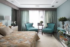 Em clima contemporâneo. Veja: http://www.casadevalentina.com.br/projetos/detalhes/em-clima-contemporaneo-647 #decor #decoracao #interior #design #casa #home #house #idea #ideia #detalhes #details #style #estilo #casadevalentina #bedroom #quarto