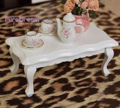 Dollhouse Miniature Furniture Victorian Coffee Table tea table Wooden For dolls