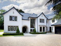 Exterior Modern House Design Interiors New Ideas Modern Exterior, Exterior Design, Luxury Homes Exterior, Rendered Houses, Villa, Dream House Exterior, House Entrance, Entrance Design, Main Entrance