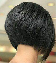 Short Stacked Bob Haircuts, Short Bob Cuts, Inverted Bob Hairstyles, Medium Bob Hairstyles, Short Hair Cuts, Haircut Short, Short Stacked Bobs, Layered Inverted Bob, Simple Hairstyles