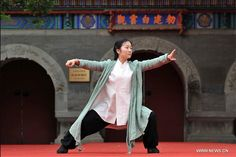 """Be light, be rooted, be lively, be still. Be the tai chi."" - TAI CHI CROSSROADS BLOG: taichicrossroads.blogspot.com - #TaiChi #Taijiquan"