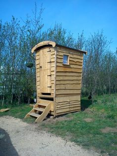 Plans for Gypsy Compost Toilet - Composting Toilets - All Products Camping Survival, Outdoor Survival, Self Sufficient Homestead, Outdoor Toilet, Composting Toilet, Reclaimed Wood Furniture, Outdoor Living, Outdoor Decor, Urban Farming