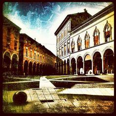 Piazza Santo Stefano   #bologna @beatalenkiewicz- #webstagram