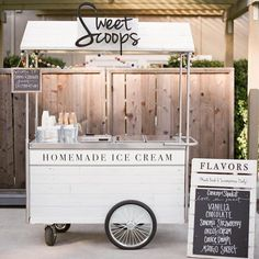 Mouthwatering Ways to Serve Ice Cream at Your Wedding sweet scoops homemade ice cream cart Ice Cream Stand, Ice Cream Cart, Coffee Ice Cream, Ice Cream Parlor, Ice Cream Shops, Food Cart Design, Food Truck Design, Coffee Carts, Coffee Shop