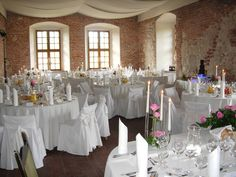 Wedding reception in Korzkiew Castle, Poland #weddingreception #wedding