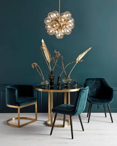 Moodboard Collection Deco Revival Interior Decor Trend for 2019 - TrendBook Trend Forecasting We talk here before about the trend of Art Déco. You can see that Art Deco's trend has a distinctive geometry, dense patterning, and a crazy taste for metals… Salon Art Deco, Casa Art Deco, Art Deco Hotel, Estilo Art Deco, Home Design, Decor Interior Design, Interior Decorating, Gold Interior, Art Deco Interior Bedroom
