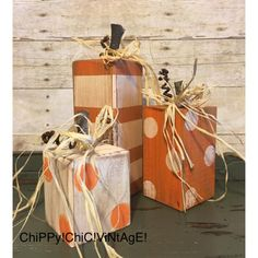 Block Pumpkins Fall Home Decor Fall Decor Fall Pumpkins 2x4 Crafts, Fall Wood Crafts, Rustic Crafts, Wooden Pumpkin Crafts, Wooden Pumpkins, Fall Pumpkins, Fall Projects, Craft Projects, Halloween Crafts