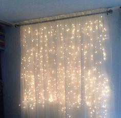 Ventana Julia Crafty Craft, Fairy Lights, Sweet Home, Room Decor, Curtains, Bedroom, Room Ideas, College, Bullet Journal