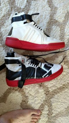 brand new 6fb79 e4c30 Yohji Yamamoto   Adidas Y-3 Sneakers Men s Size 11 US 2008 Red Black