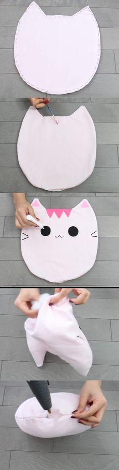 "diy_crafts-Cojín de gatito kawaii ""Nim C& Melissa/Oscar Cat pillow diy tutorial part So cute! Kawaii Crafts, Kawaii Diy, Cute Crafts, Felt Crafts, Diy And Crafts, Simple Crafts, Sewing Crafts, Sewing Projects, Diy Projects"