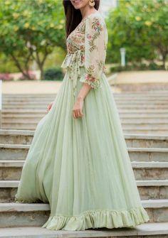 Ritu Varma Photoshoot Stills – Silverscreen. Party Wear Dresses, Casual Dresses, Fashion Dresses, Girls Dresses, Saree Fashion, Casual Clothes, Women's Fashion, Fashion Design, Indian Attire