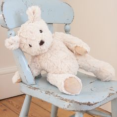 Meet Darcy Bear the most huggable teddy! This Ragtales teddy bear in a box is a unique gift for baby or toddler & could remain in the family for generations. Little Boy Blue, Little Girls, Baby Blue, My Teddy Bear, Cute Teddy Bears, Blue Cream, Blue And White, White Fur, Baby Kind