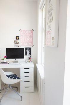 The Modern Teen Bedroom - TravelingMama