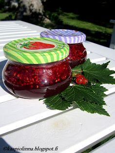 Kääpiölinnan köökissä: Elegia Marmeladin Herttualle - marmeladia punaherukoista ja vadelmista
