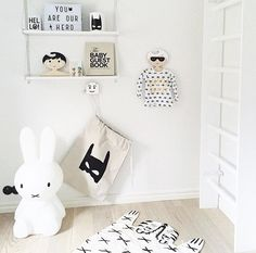 Post by Nicky King from Bobby Rabbit Image Credit: Mae Gabriel.Felt superhero garland, handmade by Velveteen Babies There's no denying that black and white is still a big trend in children's interiors this summer. Smart, striking and uber-stylish, it blends perfectly into the modern home. But what about the kids? Will they love it as […]