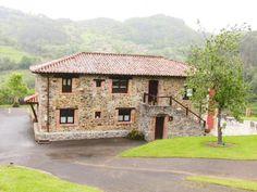 Viñon - La Casona de Viñon - La Casona de Viñón es un complejo de apartamentos con jardín, con zona de sombra y terraza donde hay una zona de barbacoa, que se encuentra situado en Viñón, en la campiña asturiana....