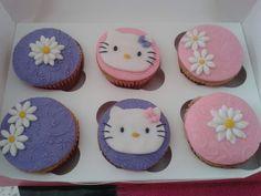 Muy tiernos nuestros cupcakes de kitty #cute #lovely #supercute #pink #baby