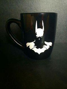 Not a huge fan of batman, but the mug is wicked cool Best Coffee Mugs, Coffee Cups, Tea Cups, Im Batman, Batman Art, Batwoman, Batman Birthday, Cool Mugs, Mug Shots