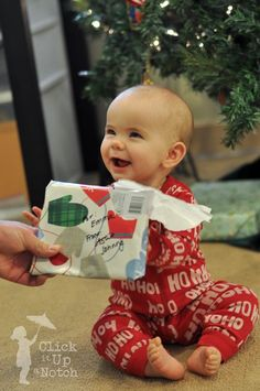 16 Tips to Photograph Christmas Morning-Why Didn't I Think of That?-Wednesday - Click it Up a