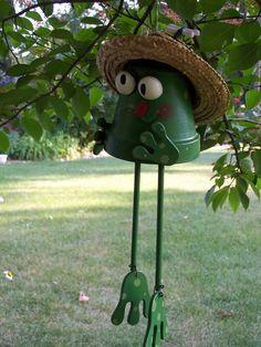 Frog Windchime - terra cotta pot